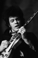 Mike Bloomfield 68022-16a